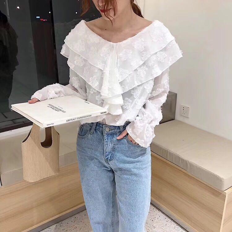 1017#实拍现货 V领刺绣长袖雪纺衫上衣女颜色:白色、杏色尺码:均码