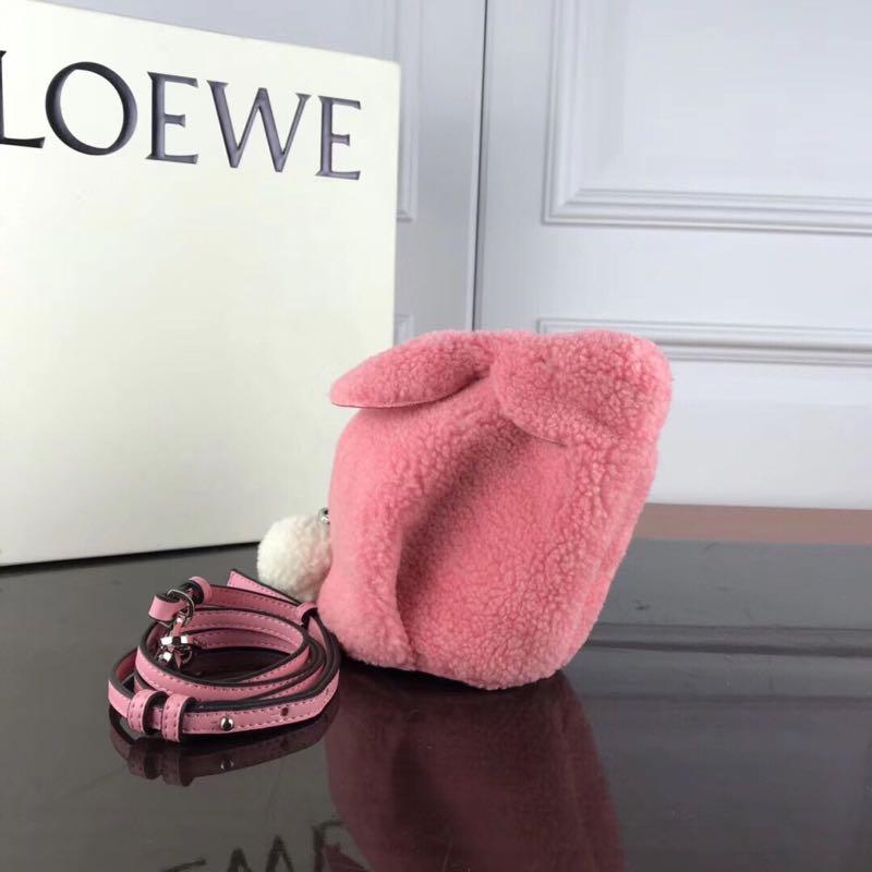 新款羊羔毛可爱立体兔子拉链包包