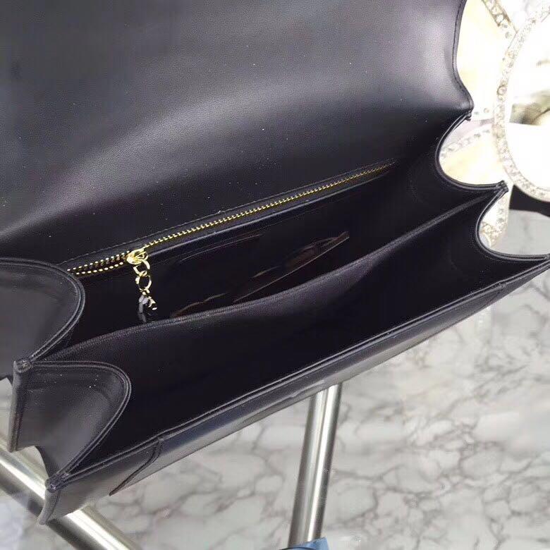 双层原版货配盒子,点缀serpenti黑色和闪钻珐琅浅金镀金蛇首形搭扣,尺寸:25-21-9