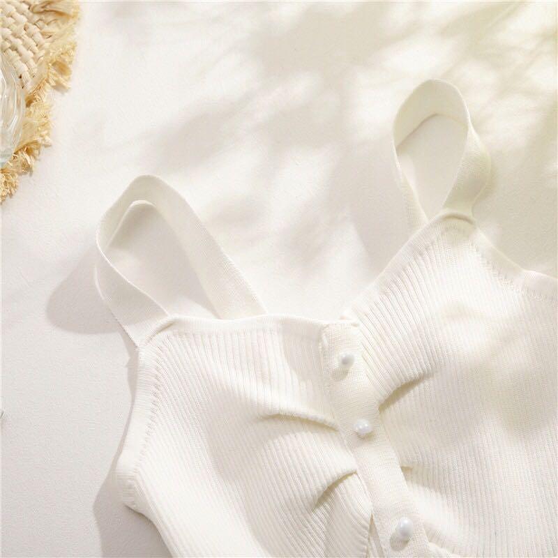 实拍韩版nice气质背心针织毛衣吊带中排打扣性感女